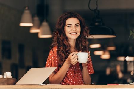 Beber café: 10 benefícios e propriedades