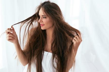 cabelo crespo molhado