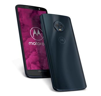 Frente e verso do Motorola G6 em preto