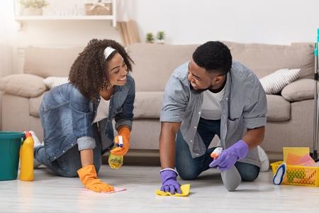 Como limpar a casa: 10 dicas simples para limpar a casa